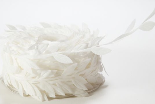 May Arts Leaf Leaves Vine Ribbon - White