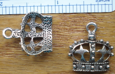 Crown - Silver Crown with 2 Crosses and 16 Studs