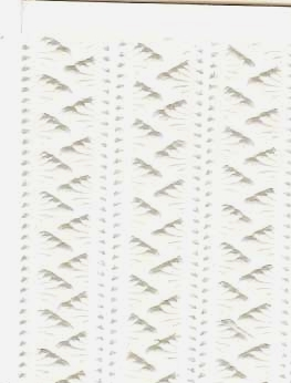 German Foil (Dresden) Paper/Scrap Mini Serrated Borders in White